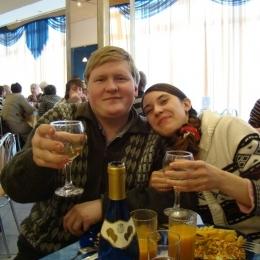 Пара из Москвы ищет девушку для секса втроём