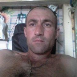 Девственник  ищет девушку  в Ижевске
