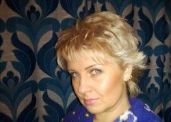 Женщина ищет мужчину для секса без обязательств в Ижевске