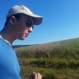 Супружеская пара ищет девушку в Ижевске для постоянных интимных встреч без обязательств